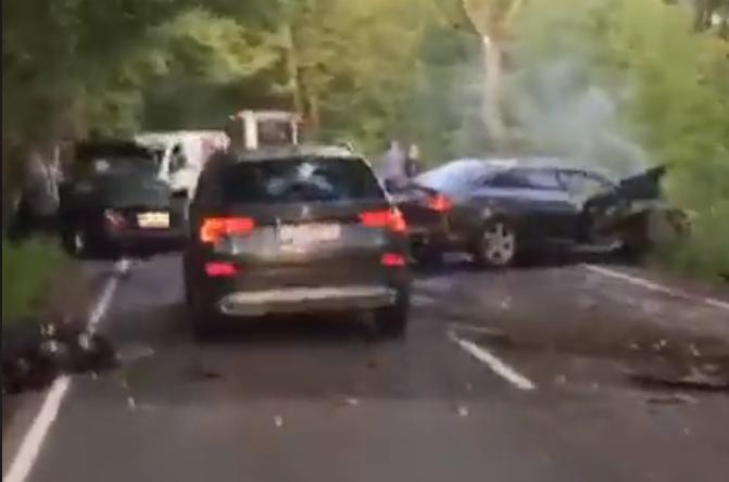 Trīs auto smaga avārija Spilvē