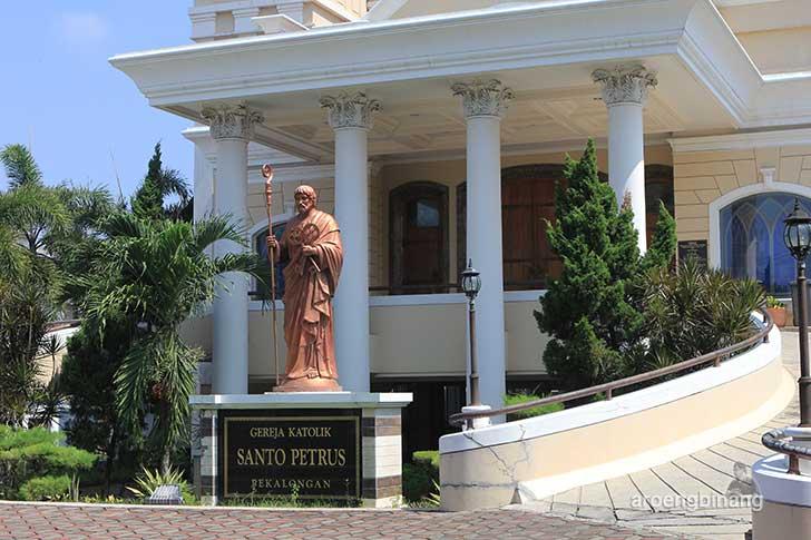 gereja katolik santo petrus pekalongan