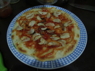 topping pizza