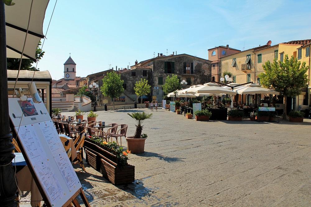 piazzetta a Capoliveri