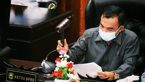 Ketua DPRD Solok Tutup Pintu Damai dengan Bupati Epyardi Asda