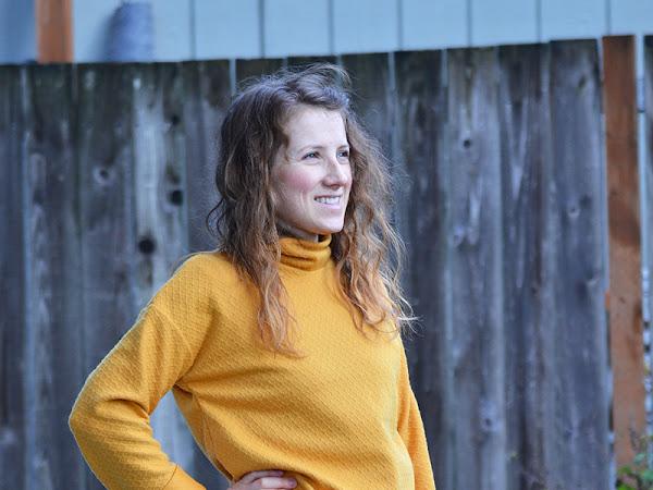 Nora Sweatshirt with Yellow Sweater Fabric