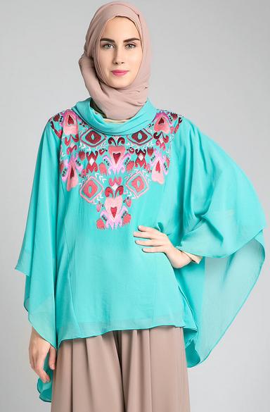 Gambar Baju Muslim Kaftan Untuk Perempuan