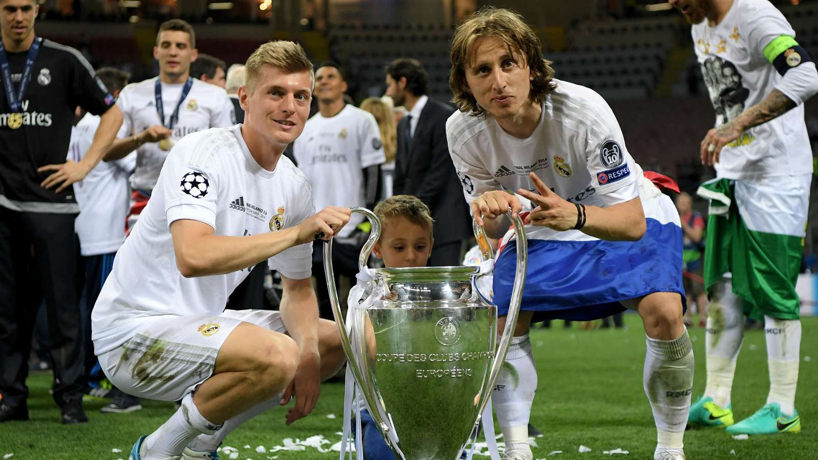 luka-modric-toni-kroos-real-atletico-champions-league-final