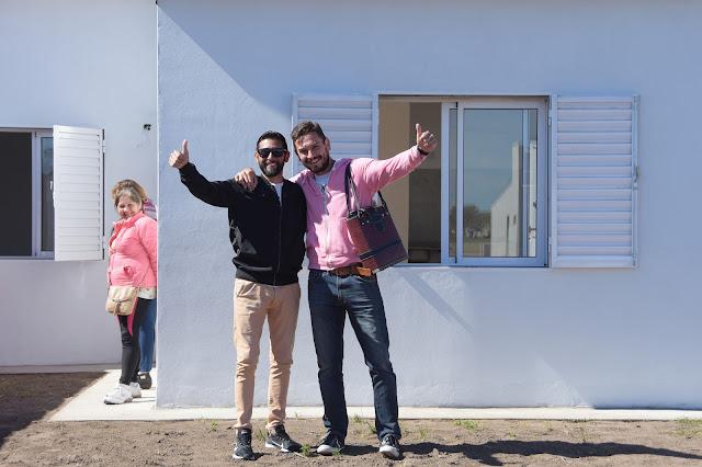 Pablo Zurro volvió a entregar viviendas en Pehuajó