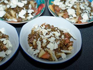 Salade de lentilles aux pommes, crottins de Chavignol et saumon fumé