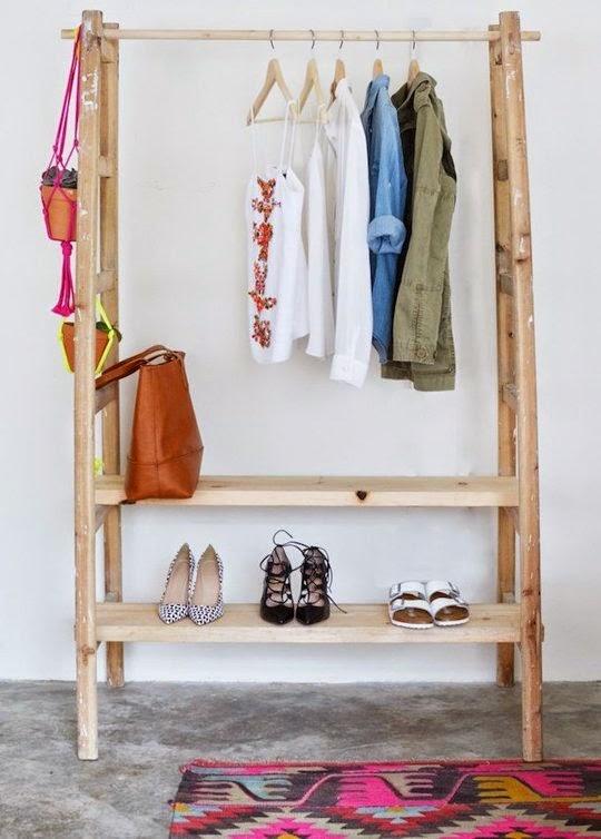 die wohngalerie garderobe aus zwei leitern ein simpler selbermachen tipp. Black Bedroom Furniture Sets. Home Design Ideas