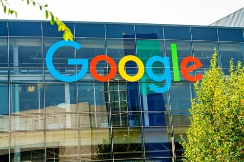 Google allows fraudulent email voting ads
