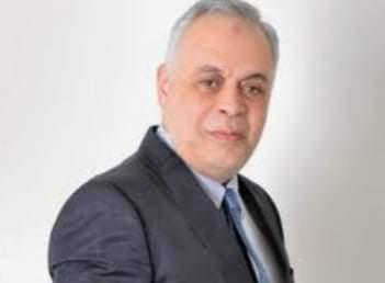 بعد وصفه بلفظ خارج.. أشرف زكى  سيقاضي حاتم الحويني