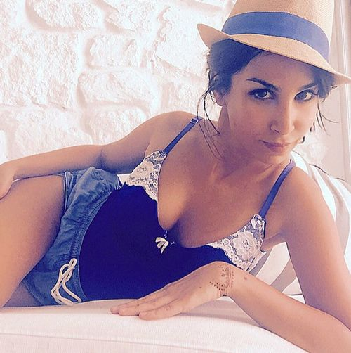 Hot holiday pics | But Hello! Sila Sahin lolls in lingerie by the pool