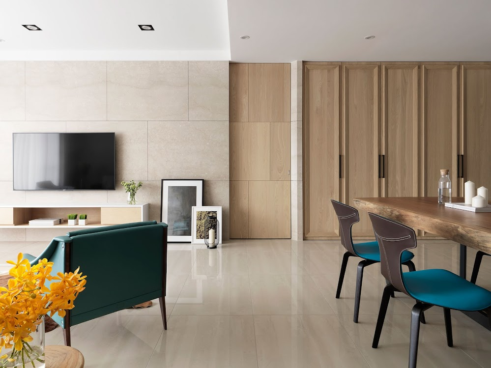 Summer Samson Designed an Elegant Apartment Full of Light