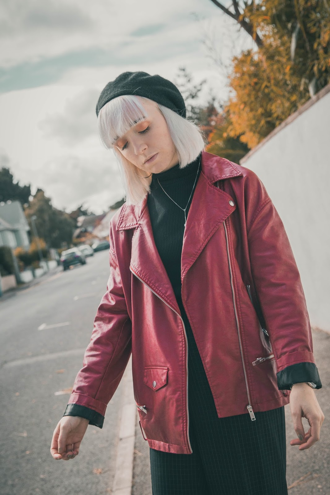 how-to-wear-red-leather-jacket