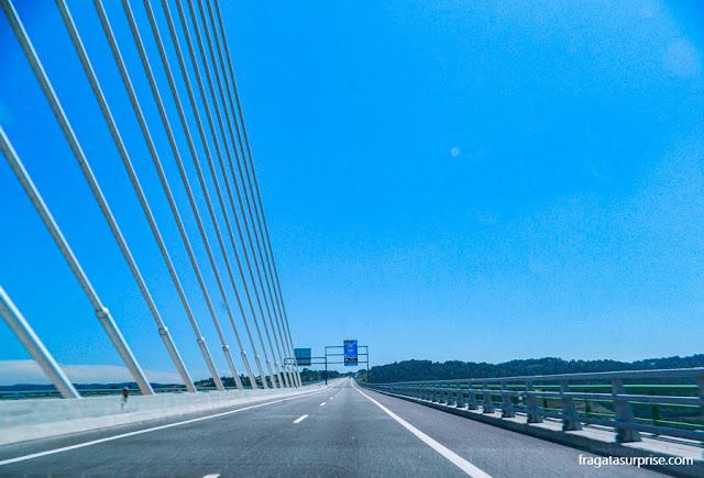 Rodovia A4, Portugal, entre Amarante e Peso da Régua