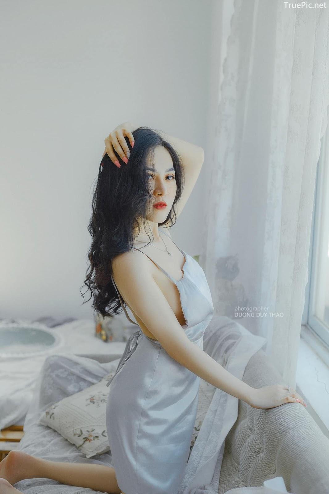 Vietnamese beautiful model Truong Huynh Nhu - Wait for the sun - Picture 1