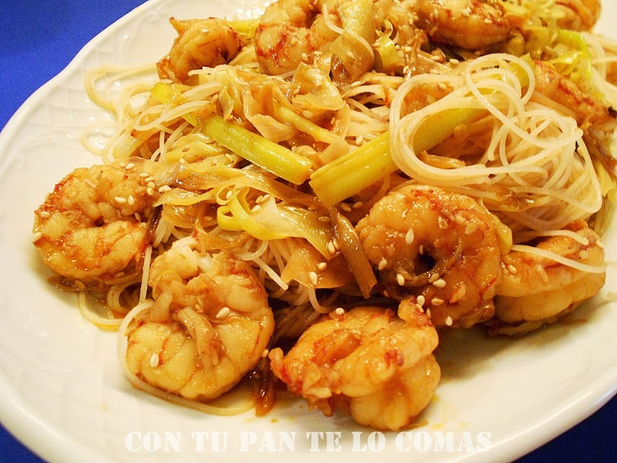Fideos de arroz con gambas