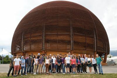 CERN juga tawarkan banyak program kepada guru dan juga murid di seluruh dunia