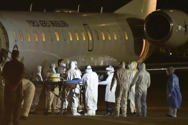Pacientes transferidos de Manaus para tratamento da Covid-19 chegam a Natal