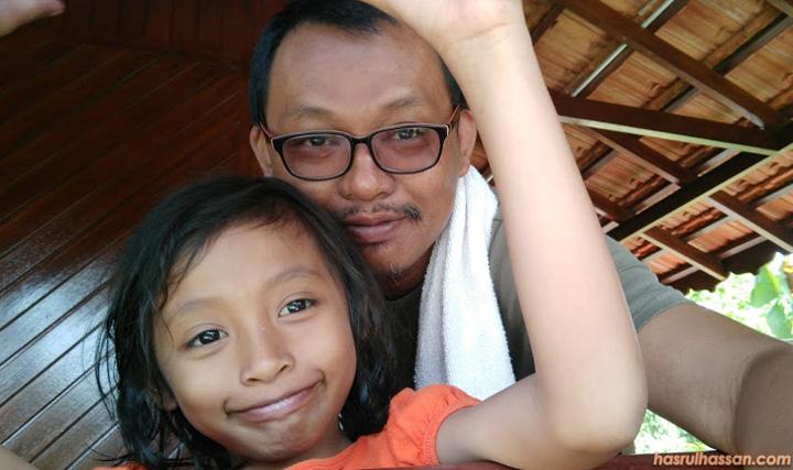 Anak perempuan kena rapat dengan ayah sejak kecil