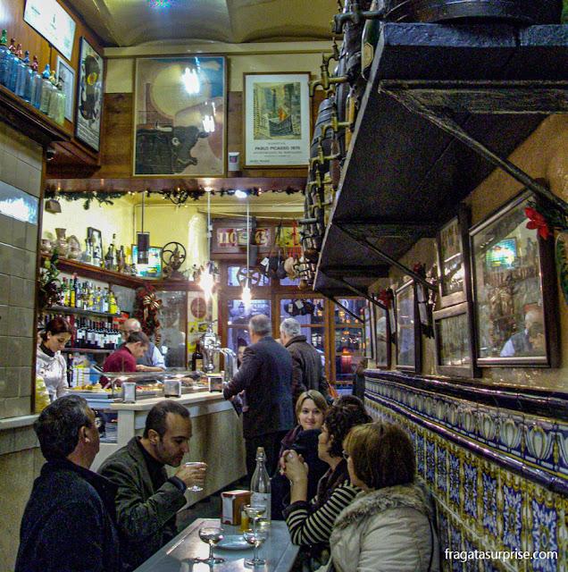 Champanheria tradicional de Barcelona El Xampanyet, no Born