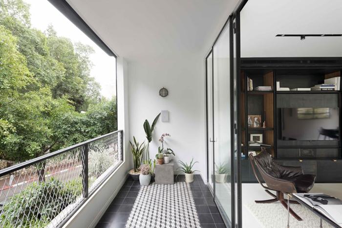Thiết kế nội thất căn hộ chung cư 150m2 với hai màu đen trắng- 13