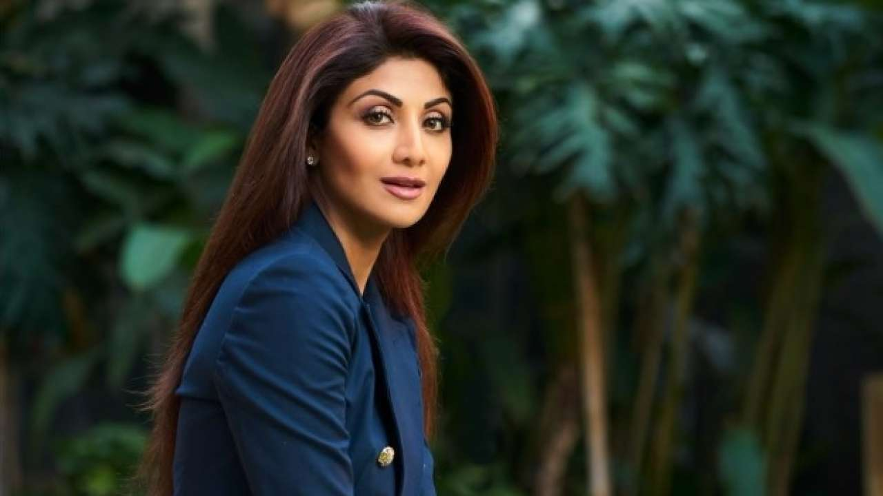 Actors Gossips: From Shilpa Shetty to Lara Dutta Actors who are ready to form a Bollywood comeback in 2021