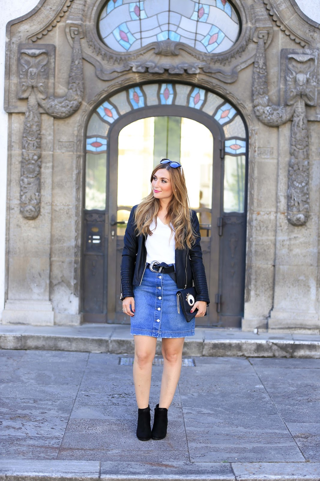 fashionstylebyjohanna-fashionblog-Frankfurt-munich-blogger-Wie kombiniere ich einen Jeansrock- wie trage ich boots-styleblog-Jeansrock-la-streetwear-chic