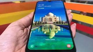 Samsung-Galaxy-a30-display-2