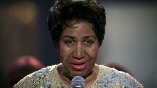 "Aretha Franklin Reportedly ""Alert, Talking, Laughing"" With Her Family"
