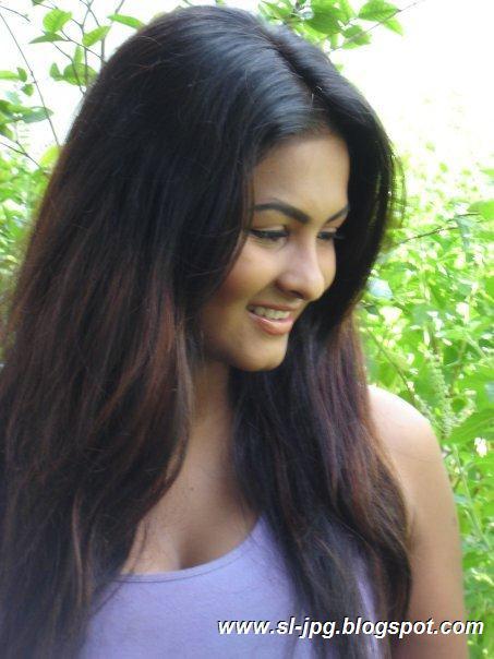 Sri Lanka Nude Girls Pics