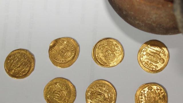 Археолози откриха златно съкровище в Девня