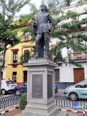 Sevilla - Plaza de los Refinadores - Monumento a Don Juan 01