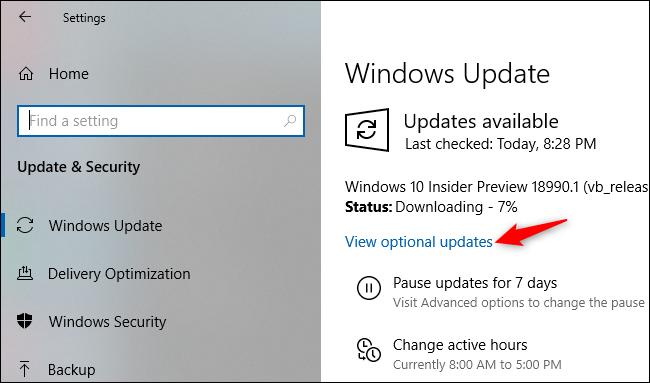 عرض التحديثات الاختيارية على شاشة إعدادات Windows Update.