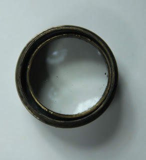 Collminating WW2 Binoculars - eccentrically mounted objective lens