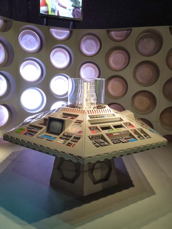 Doctor Who 5th 6th 7th TARDIS interior