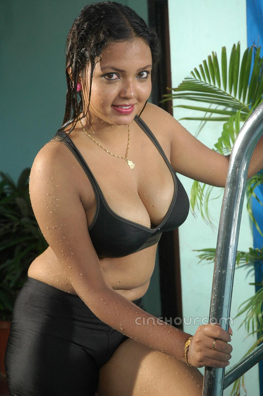 ELIZA: Tamil womens hot photos