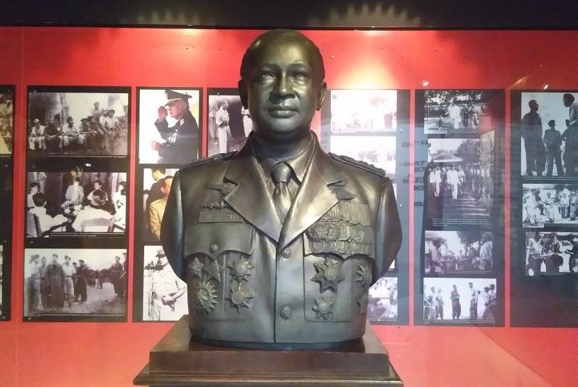 Kostrad Akhirnya Angkat Bicara Soal Raibnya Patung Soeharto-AH Nasution di Museum Darma Bhakti