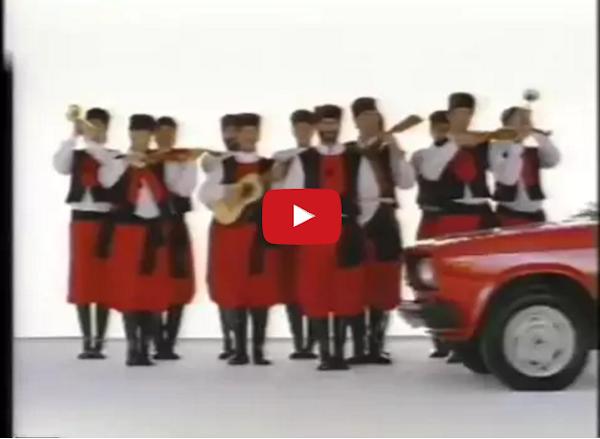 Te acuerdas de los comerciales de carros rusos LADA ?