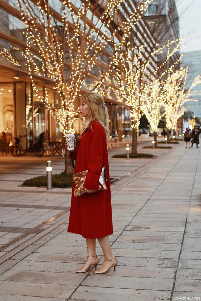 Japanese Fashion Blogger,MizuhoK,2017/12/23OOTD,NEW DRESS=lace blouse,CHOIES=white lace dress,MICHAEL KORS=red coat,Honeys=GLITTER PUMPS,Snidel=metallic clutch bag
