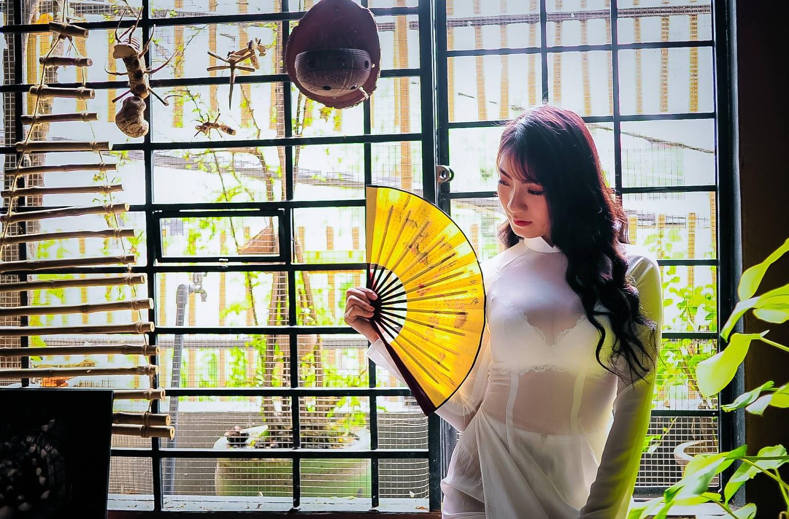 The Girl In Áo dài, Look So Hot (17) Bùi Thị Tú Uyên Part 2