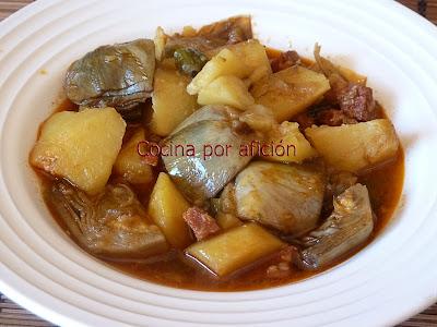 patatas guisadas con alcachofas y chorizo