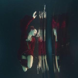 Подводные фотографии. Lola Mitchell