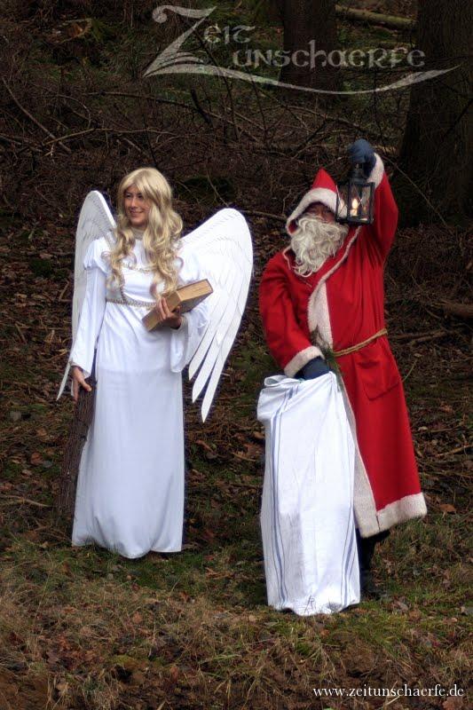 Engel und Nikolaus besuchen den Hessencourrier |  www.zeitunschaerfe.de