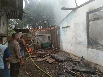 Gara-Gara Masak Air Ditinggal Pergi, Sebuah Rumah di Purbalingga Ludes Terbakar