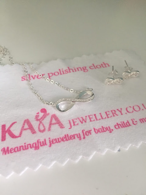 Kaya Jewellery Infinity set