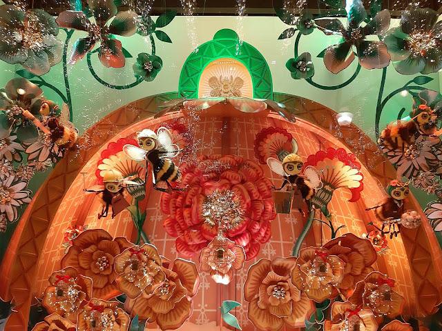 Vitrines de noel Galeries Lafayette haussmann paris