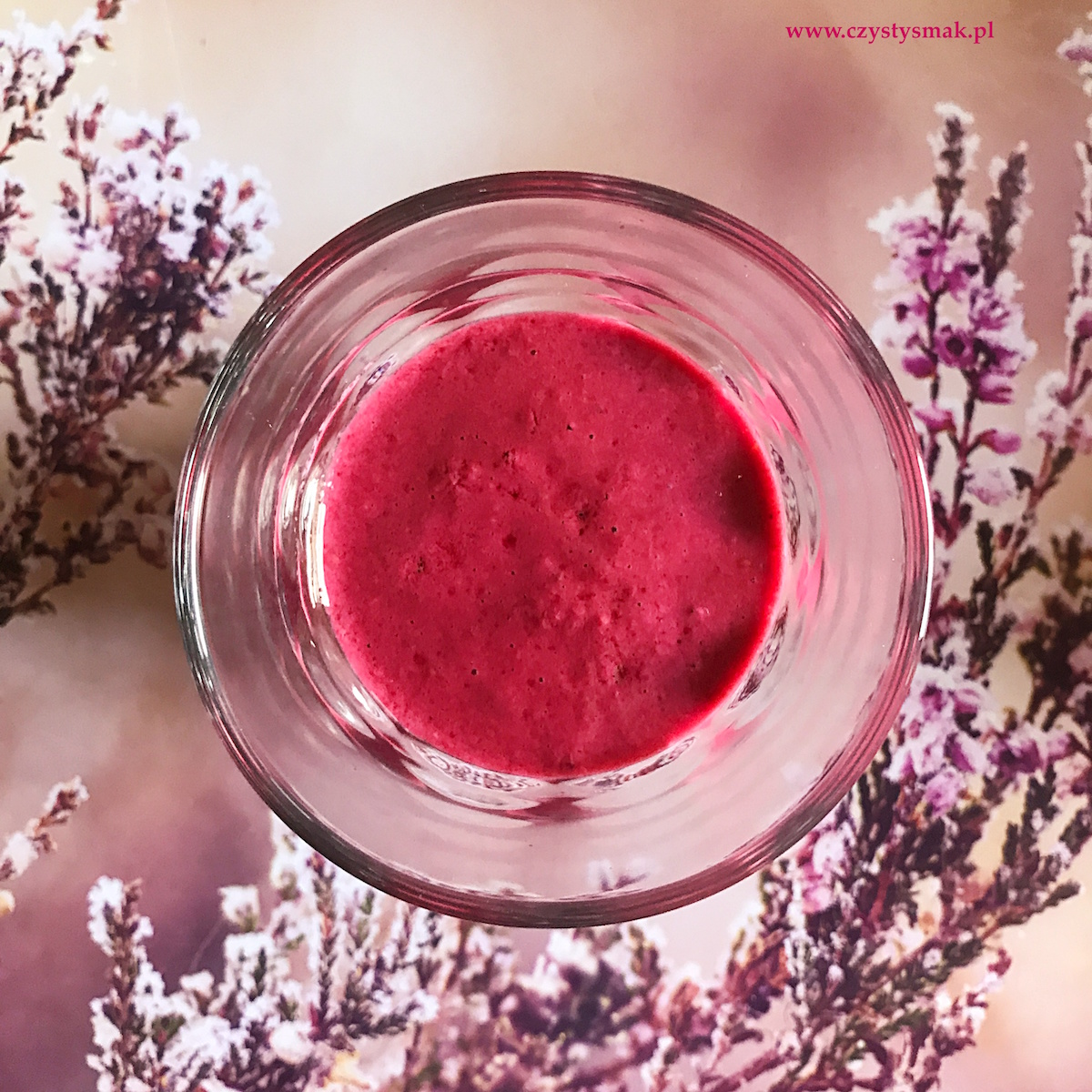 Koktajl z kefiru i owoców