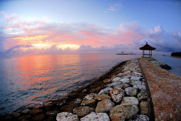 Wisata laut Pantai Sanur