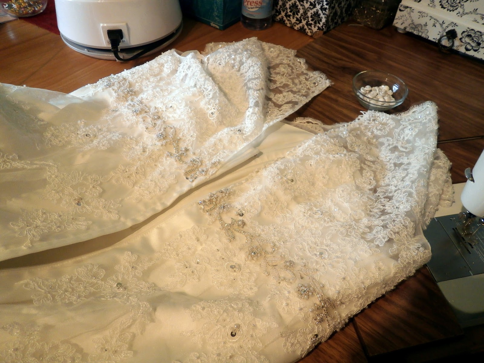 Pamelaquilts: Adding a Corset back to a Wedding gown