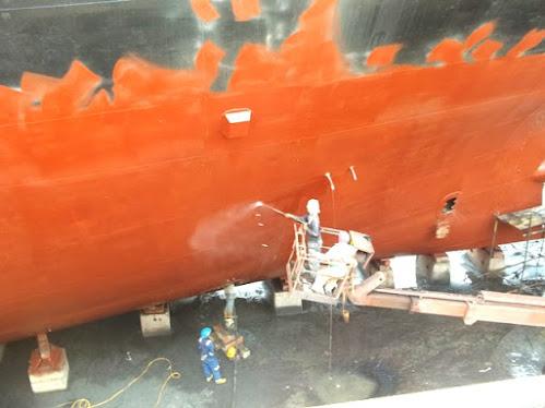 Proses Blasting dan Pengecatan Pencegahan Korosi pada Kapal Laut