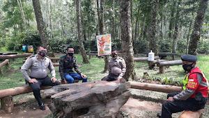 Patroli Tempat Wisata, Polsek Ciwidey Polresta Bandung di Kawah Putih